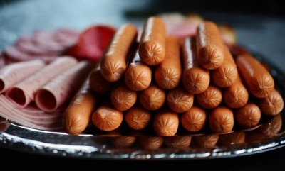 Processed meats rank alongside smoking as cancer causes -WHO | myfoodistry
